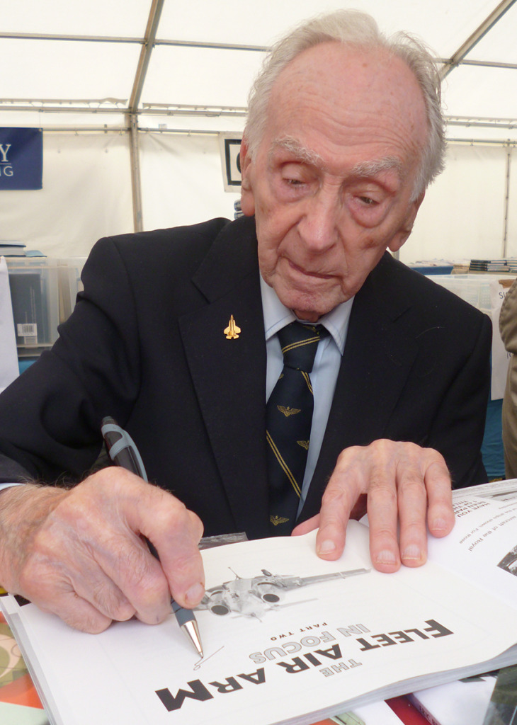 Eric_Winkle_Brown_Signing